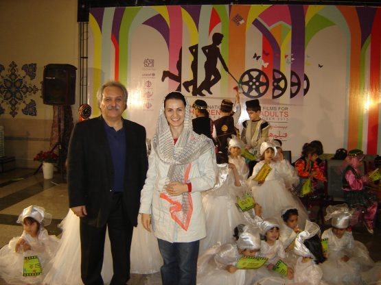 Scoala Micile Vedete A Ajuns Si In Iran