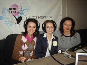 Ema si Ariana Pendiuc povestesc la Radio Lynx despre Scoala Micile Vedete