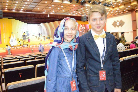 Micile Vedete Nichi Iftimoaie Și Mara Moldovan Au Reprezentat România La Unul Dintre Cele Mai Importante Festivaluri Internaționale De Film Pentru Copii