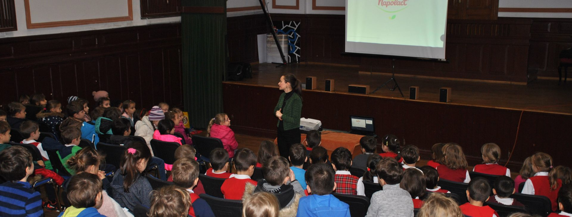 Positive thinking and healthy eating in schools Bucharest